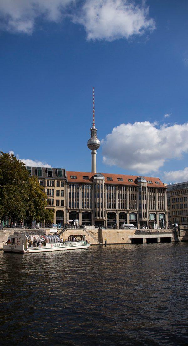 fernsehturm-berlin-spree