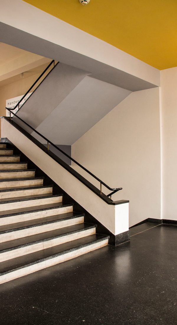 treppe-bauhaus-architektur