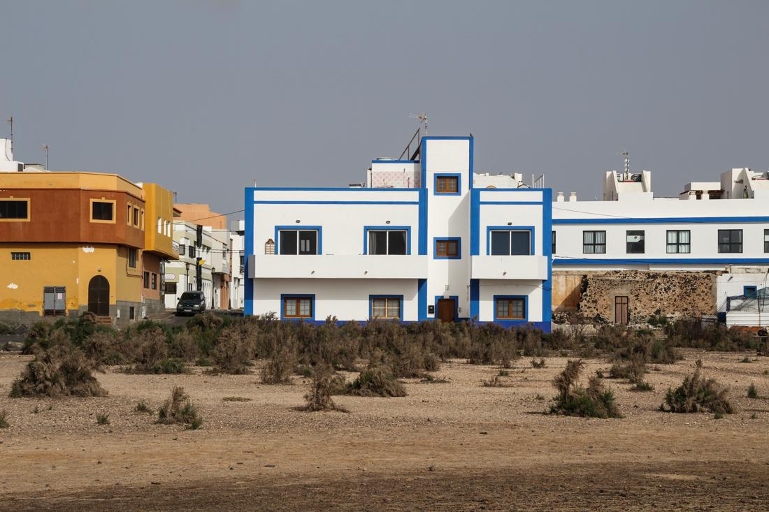 cotillo-haus-blau
