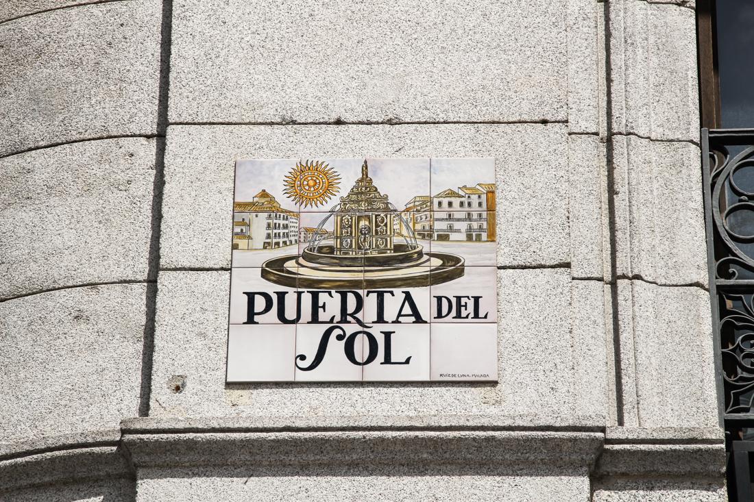 madrid-puerta-del-sol-schild