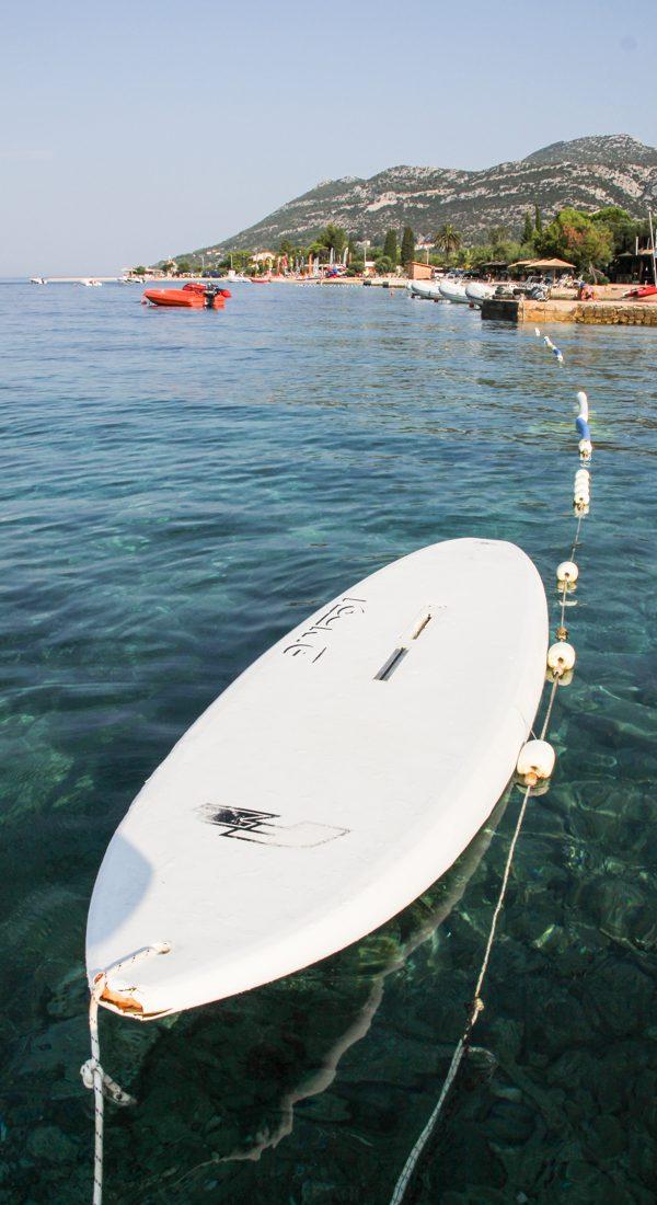 viganj-meer-surfbrett
