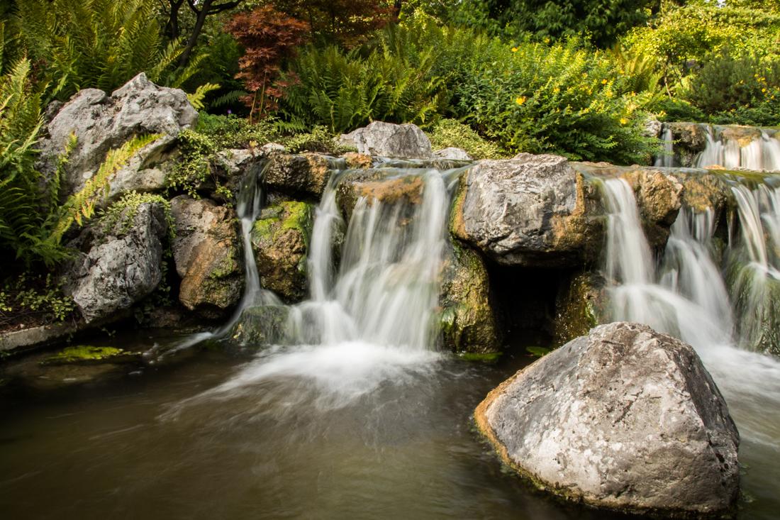 wien-wasserfall-japanischer-park