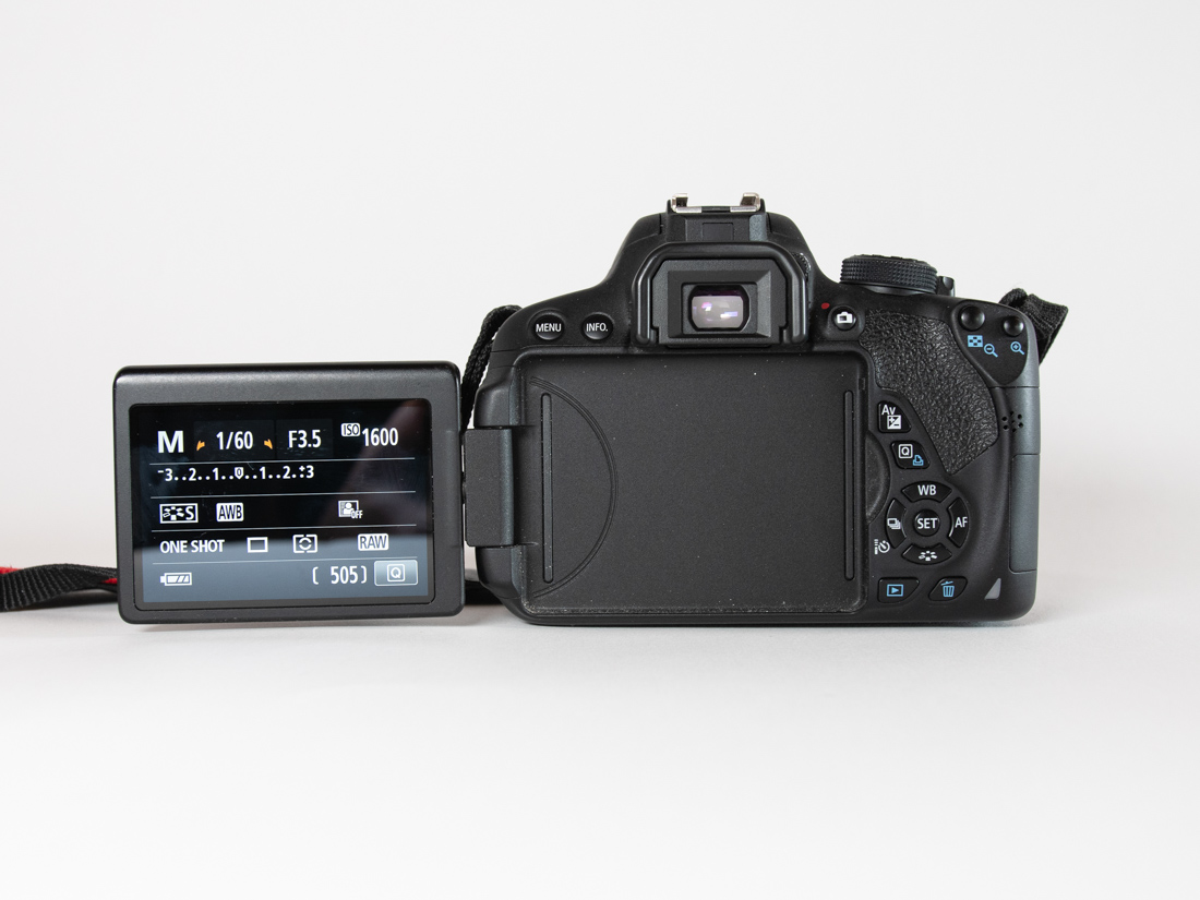 kamera-objektiv-reisen-bildschirm