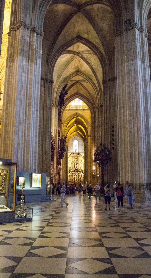 Innenraum Kathedrale Sevilla